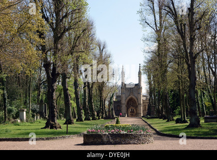 Anglican chapel in Nunhead Cemetery, South London - Stock Photo