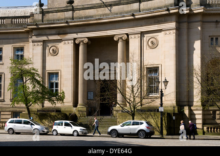 The Magistrate's Court, Le Mans Crescent, Bolton, Greater Manchester, England, UK - Stock Photo