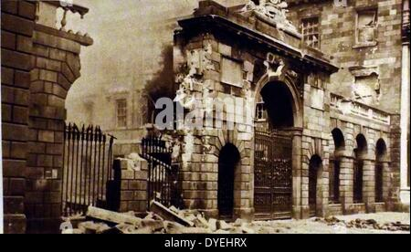 Destruction at the the Four Courts, during The Easter Rising also known as the Easter Rebellion, was an armed insurrection - Stock Photo