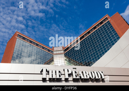Little Rock Arkansas The Peabody Little Rock hotel gift shop Asian ...
