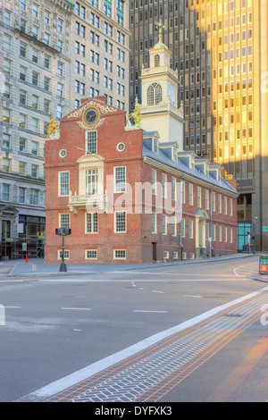 The Old State House on the Freedom Trail amongst the modern buildings in the Financial District of Boston, Massachusetts. - Stock Photo