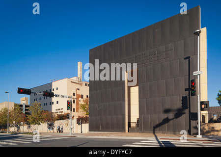 USA, Oklahoma, Oklahoma City, National Memorial to the victims of the Alfred P Murrah Federal Building Bombing on - Stock Photo