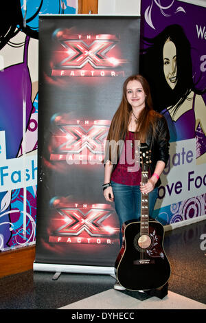 Dundee, Scotland, UK. 18th April, 2014. X Factor Auditions Wellgate Shopping Centre. This is Mobile Audition Tour - Stock Photo