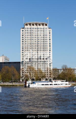 Shell Building Southbank, London, England, UK - Stock Photo