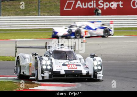 Silverstone, UK. 19th Apr, 2013. PORSCHE TEAM Porsche 919 Hybrid LMP1 driven by Timo Bernhard (DEU), Mark Webber - Stock Photo