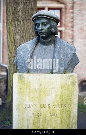 BRUGES, Belgium - A statue of Juan Luis Vives (1493 – 1540) in Bruges. He was a Valencian scholar and humanist who - Stock Photo