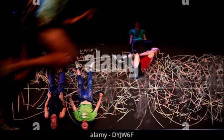 Amman, Jordan. 19th Apr, 2014. Members of Australian dance company Shaun Parker perform 'Happy as Larry' during - Stock Photo