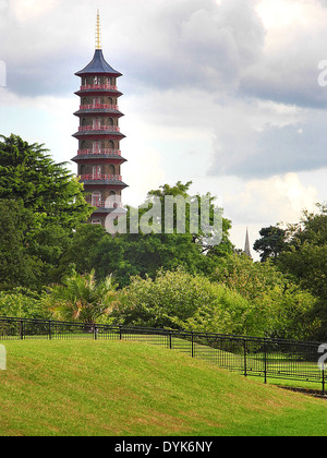 Pagoda Towers in Kew Gardens, Richmond; Surrey, London UK - Stock Photo