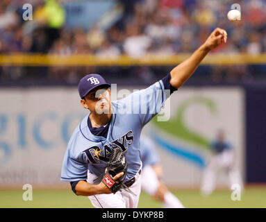 St. Petersburg, Florida, USA. 20th Apr, 2014. WILL VRAGOVIC | Times .Tampa Bay Rays relief pitcher Cesar Ramos (27) - Stock Photo
