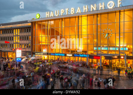 Station forecourt, crowd on Carnival Monday, central railway station, Cologne, Rhineland, North Rhine-Westphalia, - Stock Photo
