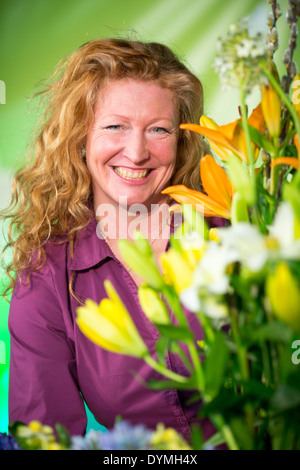 Charlie Dimmock Stock Photo Royalty Free Image 27374621