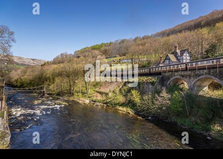 River Dee at Berwyn station near Llangollen in Denbighshire North Wales on the heritage railway. - Stock Photo