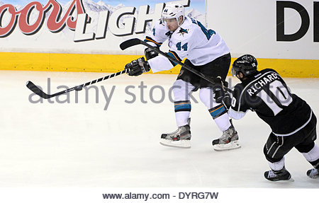 Los Angeles, California, USA. 24th Apr, 2014. San Jose Sharks defenseman Marc-Edouard Vlasic (44) passes past Los - Stock Photo