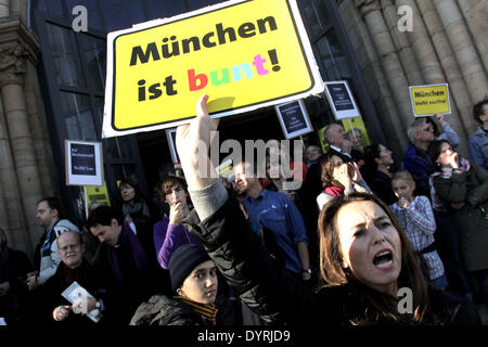 Citizens of Munich demonstrate against the neo-Nazi 'Heroes Memorial March', 2010 - Stock Photo