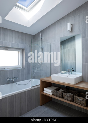 Washbasin on wood unit in modern bathroom, Maison Air et Lumiere, Verrieres-le-Buisson, France - Stock Photo