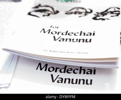 London, UK. 26th Apr, 2014. Poems for Mordechai Vanunu on a stall during the vigil to mark the 10th anniversary - Stock Photo