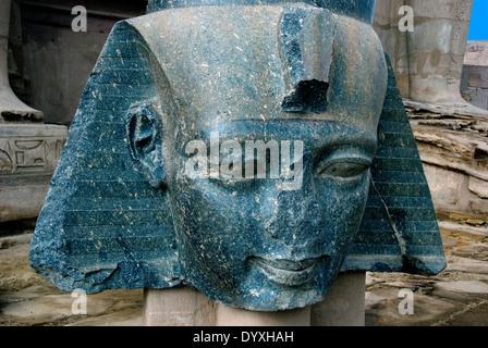 Ramesseum : the funeral temple of pharaoh Ramses II the Great(1303-1213 b.C. XIX dyn.). - Stock Photo