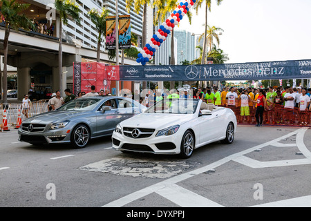 Mercedes Benz pace cars at the 2014 Mercedes-Benz Corporate Run in Miami, Florida, USA. - Stock Photo
