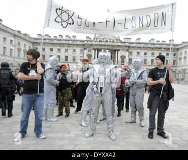 London, UK. 27th Apr, 2014. Cosplayers, zombies, stormtroopers, steampunks, daywalkers, superheroes gather at Somerset - Stock Photo