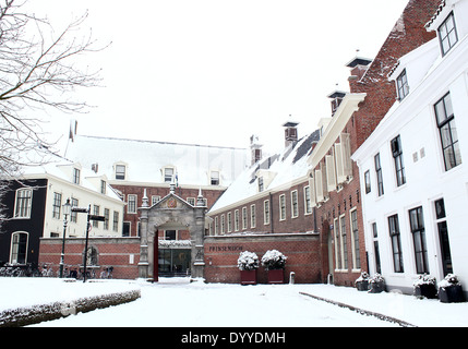 Martinikerhof, in the old medieval center of  Groningen, The Netherlands in winter, with Prinsenhof Hotel - Stock Photo