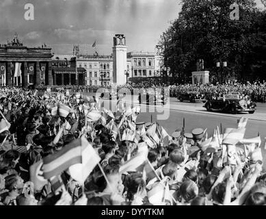 Arrival of the Yugoslavian Prince Regent and his wife in Berlin, 1939 - Stock Photo