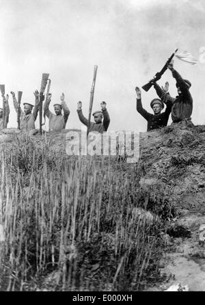 Russian soldiers surrender, 1915 - Stock Photo