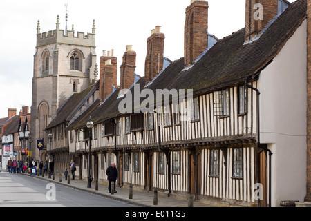 15th century black and white half timbered almshouses in Church Street, Stratford-upon-Avon, Warwickshire, England, - Stock Photo
