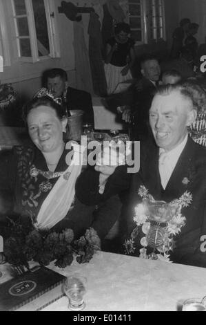 Royal couple in Endorf in the Sauerland, 1950 - Stock Photo