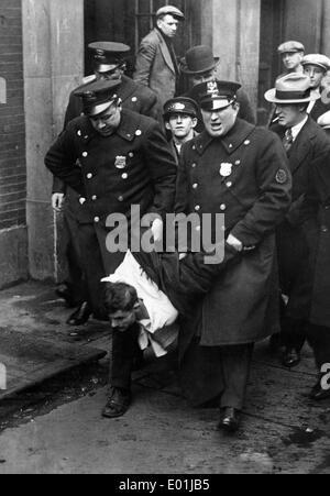 Global economic crisis: Unemployed demonstrators in America, 1929 - Stock Photo