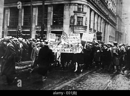 Global economic crisis: Unemployed demonstrators in Chicago, 1928 - Stock Photo