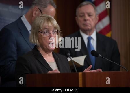 Washington DC, USA. 30th Apr, 2014. Washington Senator Patty Murray along with fellow democrats condemn Republican - Stock Photo