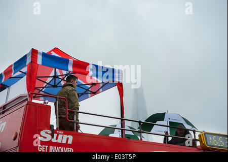 Tower of London, UK. 1st May 2014. As part of the Royal Marines 350th anniversary celebrations, the men and women - Stock Photo