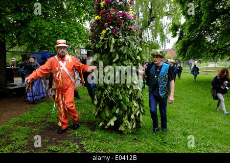 Deptford, London, UK. 1st May 2014. Fowlers troop and the Deptford Jack carry out traditional Mayday celebrations - Stock Photo
