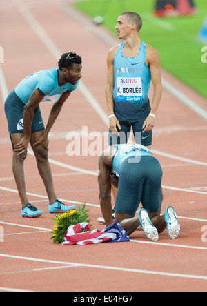 US athlete Lawshawn Merritt (middle) with Kevin Borlee (BEL, r) and Nigel Levine (GBR) after winning the men's 400m - Stock Photo