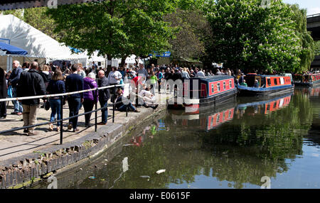 Little Venice, London, UK. 3th May, 2014. Canalway Cavalcade a waterway festival that has taken place at Little - Stock Photo