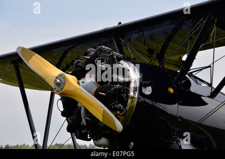 Boeing Stearman 'Kaydet' biplane, a WW2 training aircraft showing the Continental R-670 radial engine - Stock Photo
