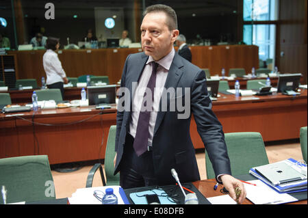 Brussels, Bxl, Belgium. 6th May, 2014. Greek Finance Minister Yannis Stournaras at the start of the Ecofin Finance - Stock Photo