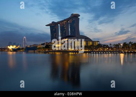 Marina Bay @ Dawn, Singapore. - Stock Photo