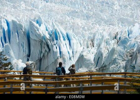 Glaciar Perito Moreno (Perito Moreno Glacier), Lago Argentino, Los Glaciares National Park, UNESCO World Heritage - Stock Photo