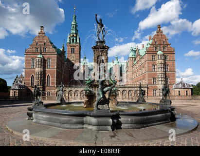 Neptune Fountain and Royal wing, Frederiksborg Palace, Hillerad, Zealand, Denmark, Europe - Stock Photo