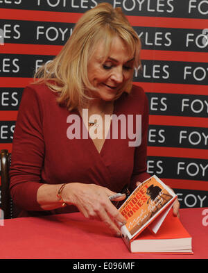London, UK, UK. 10th Oct, 2013. Helen Fielding signs copies of her book 'Bridget Jones: Mad About The Boy' at Foyles - Stock Photo