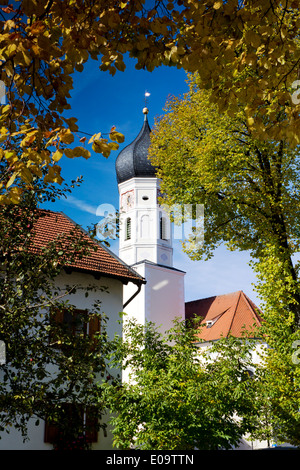 Germany, Upper Bavaria, Iffeldorf, St Vitus Church - Stock Photo