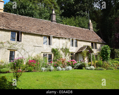 Stone Tile Roof On Cottage In Village Of Broadway