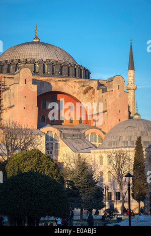 Late afternoon light floods the domes and minarets of Aya Sofya, Sultanahmet, Istanbul, Turkey - Stock Photo