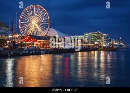 Ferris wheel and Navy Pier, Chicago, Illinois USA - Stock Photo