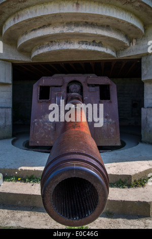 German 150mm gun at the Longues-sur-Mer Battery - part of the D-Day German defense system, Normandy France - Stock Photo