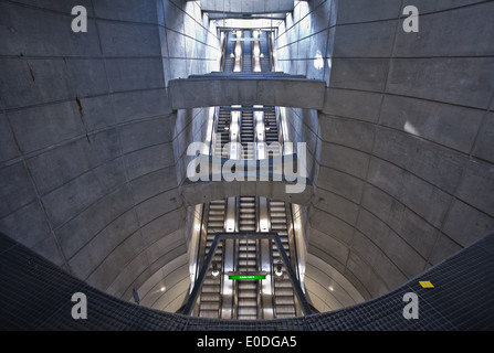 Rolltreppen, Ubahnstation Schottenring, Wien, Österreich - Escalators, Subway station Schottenring, Vienna, Austria - Stock Photo