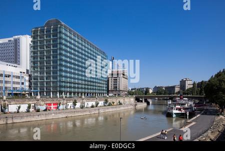 IBM Firmengebäude, Wien, Österreich - IBM Building, Vienna, Austria - Stock Photo