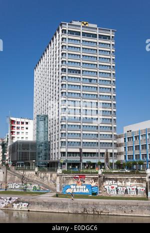 Raiffeisen Gebäude, Wien, Österreich - Raiffeisen Building, Vienna, Austria - Stock Photo