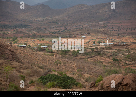 Valley scene seen from Koremi village, near Harar, in the Ethiopian Highlands of Africa. - Stock Photo